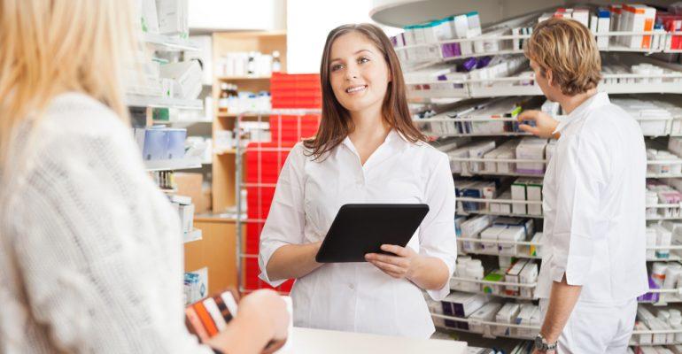e7a659bab5ddb Hipolabor explica  a diferença entre assistência e atenção farmacêutica